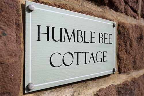 welcome to Humble Bee Cottage
